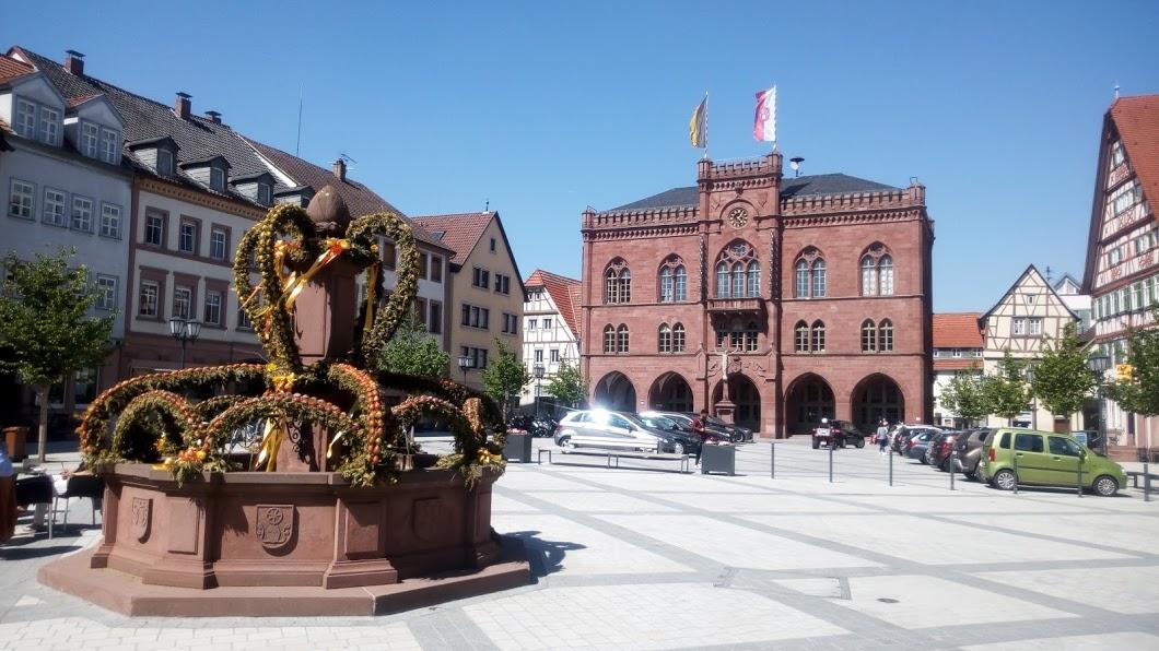 Osterbrunnen_TBB.jpg