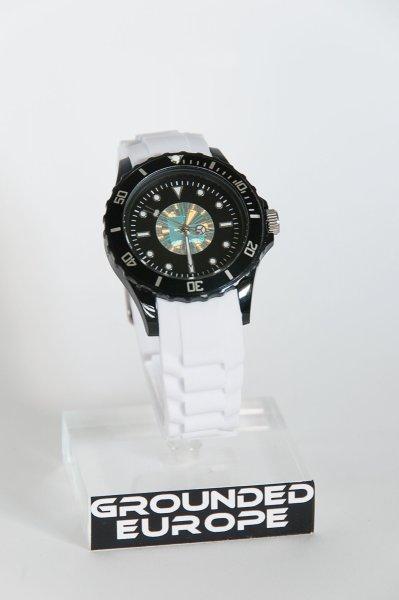 Grounded Uhr schwarz-weiss mit 1 eingearbeiteten Hologramm.jpg
