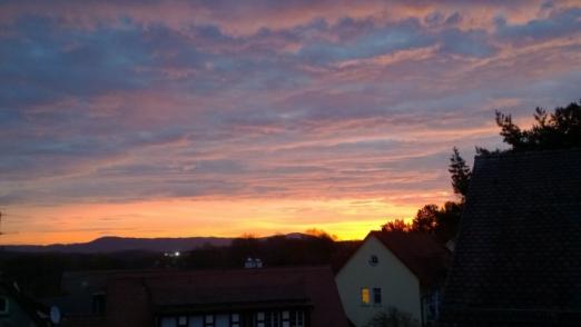 Sonnenaufgang_in_Lauf_3.jpg