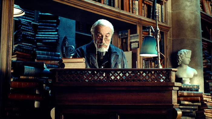 Hugo_Movie_Stills_Bookstore_1_-_Mr_Labisse.png