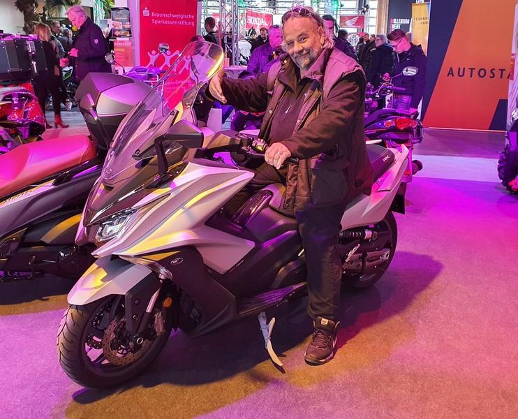 Motorradmesse_Braunschweig.jpg