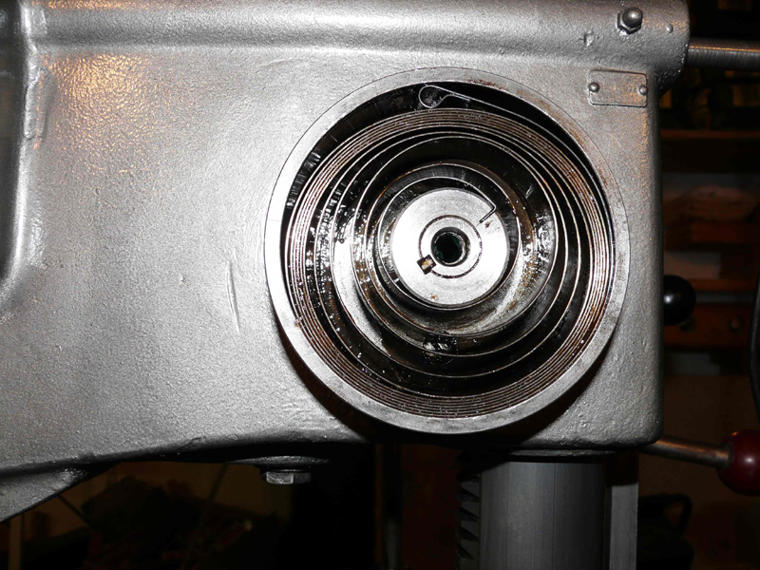 004-gebrochene-Rückholfeder-erneuert.jpg