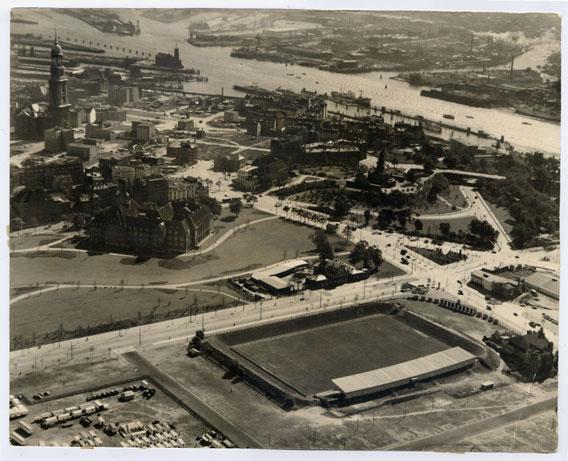altes-Stadion_ca-1948_Aero-_01.jpg