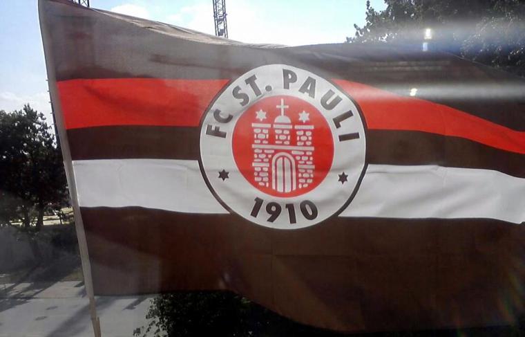 Meine Fahne1.jpg