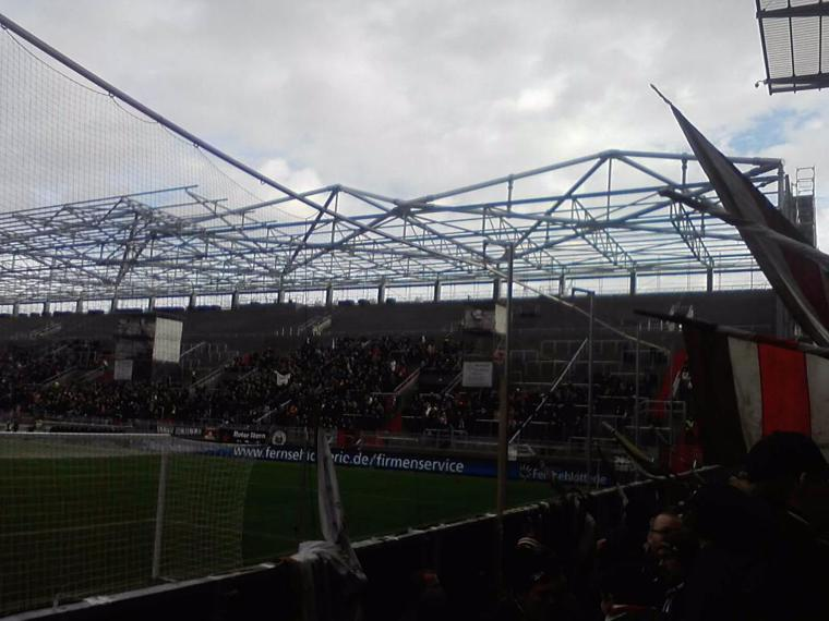 St Pauli gegen Duisburg (8).jpg