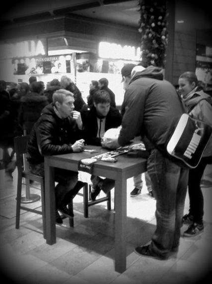 Autogrammstunde mit Ebbers und Bruns (13).jpg