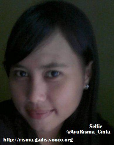 photo-gadis-ayu-risma-selfie.jpg