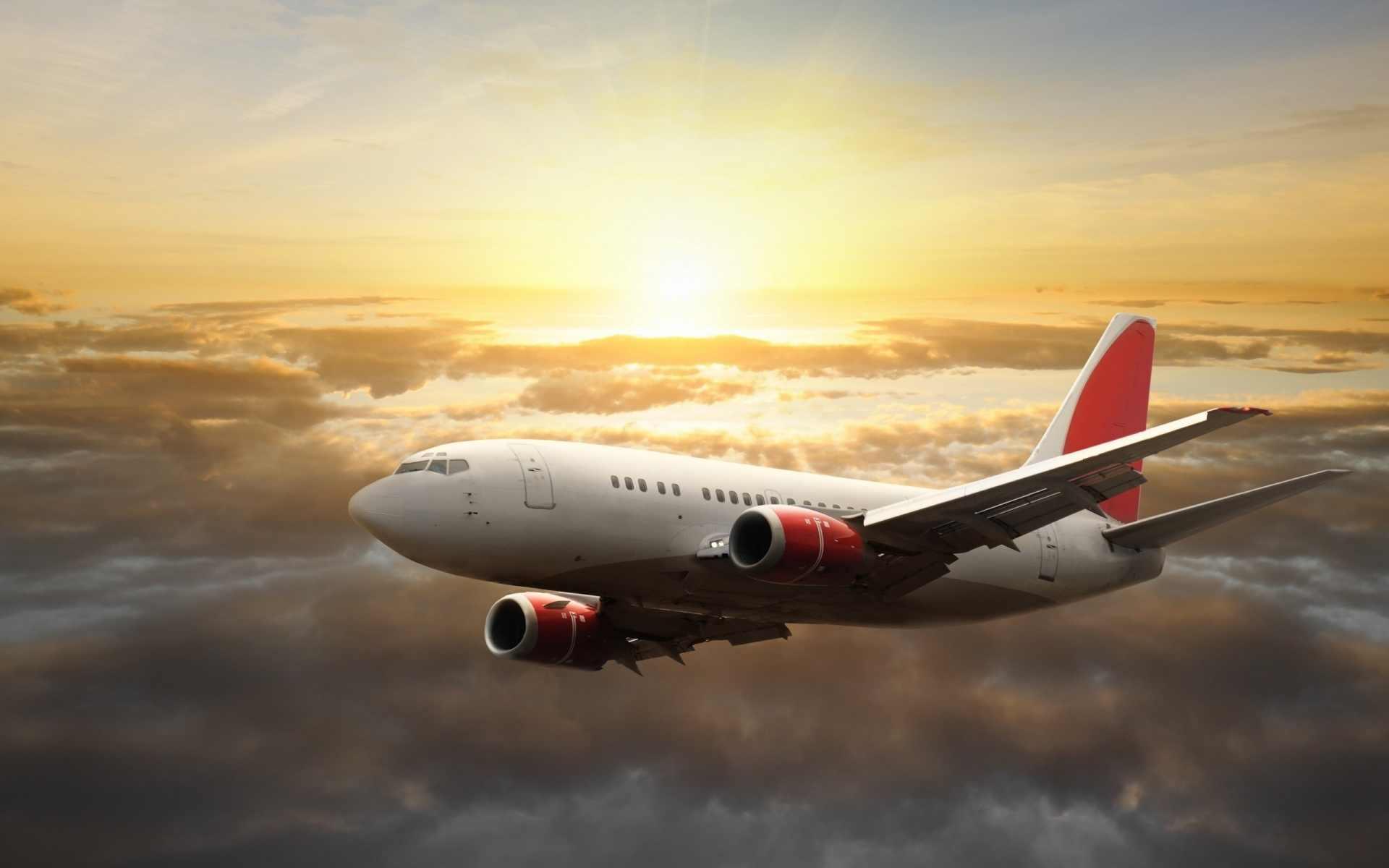 Plane-Red.jpg